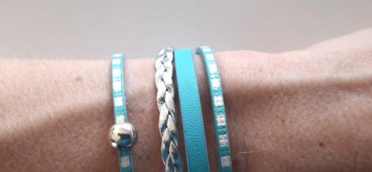 Ensemble de 2 bracelets en cuir blanc et bleu turquoise