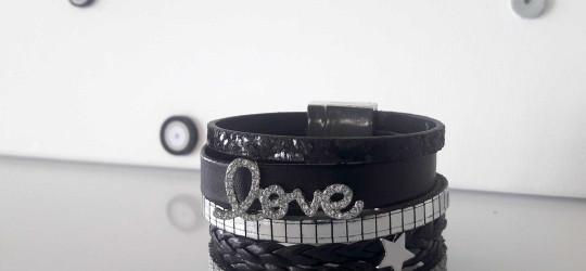 Bracelet manchette noir et argent «LOVE»