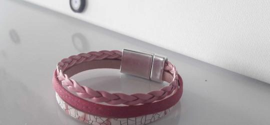 Bracelet cuir 3 brins de cuir rose